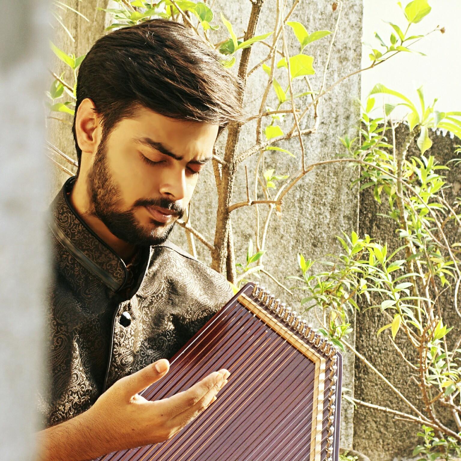 Naina Ki Jo Baat Mp3song: Pramith Ganguly Singer, Kolkata