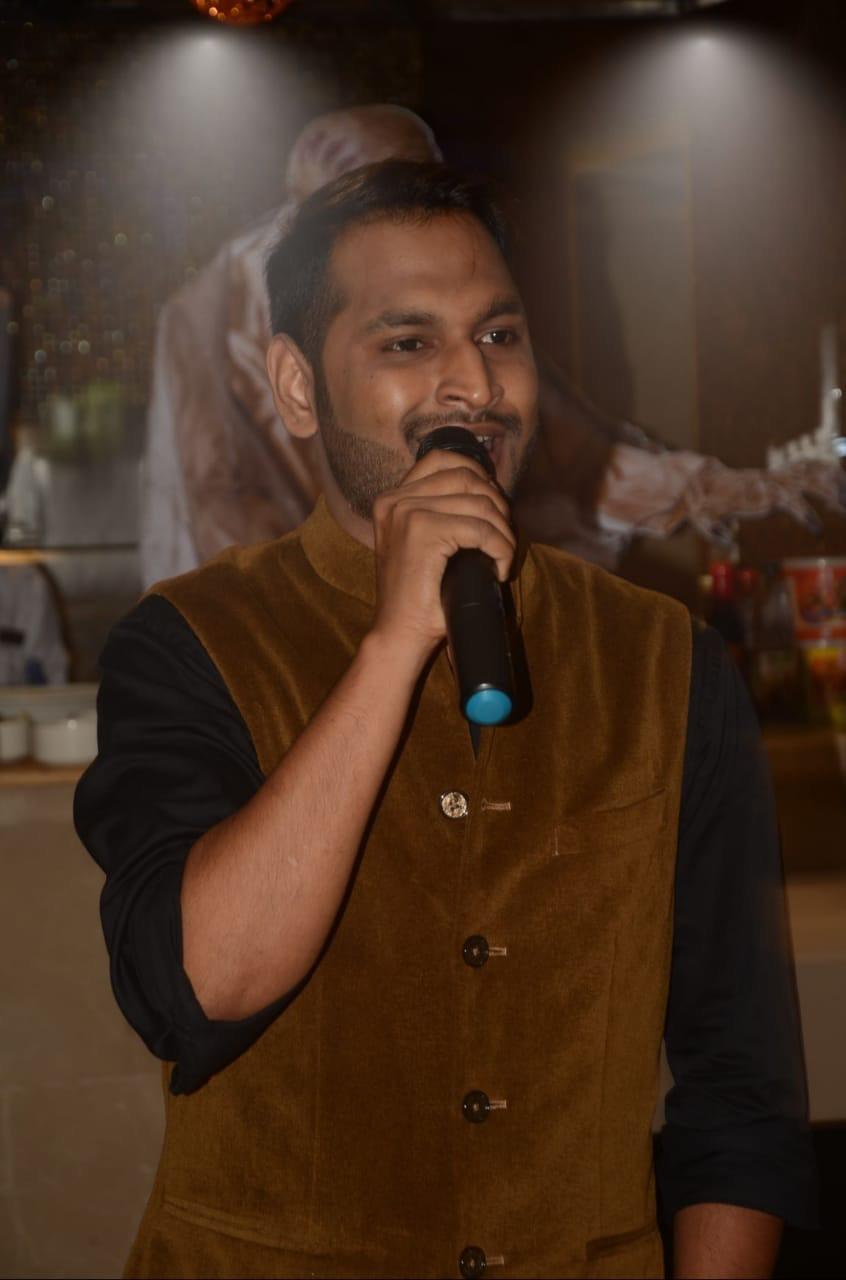 Aaj Se Teri: Rahul Prajapati Singer, Mumbai